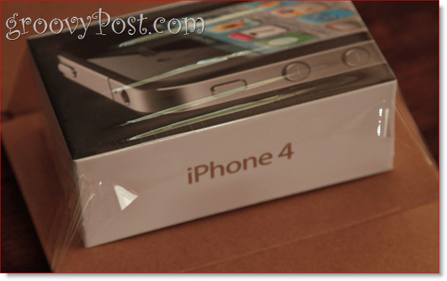 iPhone 4 Unboxed: groovyPost.com