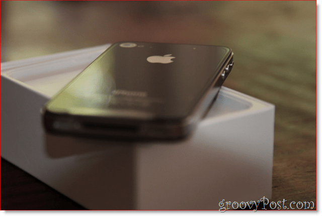 iPhone 4 - i love her : groovyPost.com