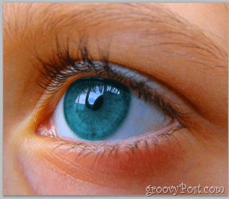 Adobe Photoshop Basics - Human Eye change color using hue saturation