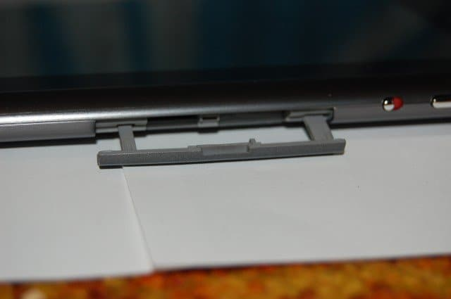 Acer Iconia A500 SDcard Slot Open