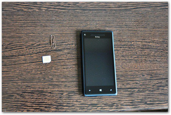 HTC Windows Phone 8X Insert SIM paper clip card phone