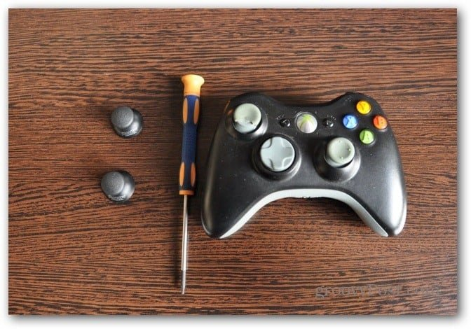 Change Xbox 360 controller analog thumbsticks before