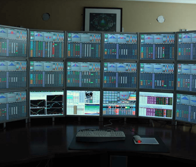Manage Windows Wallpaper's Across Multiple Monitors with