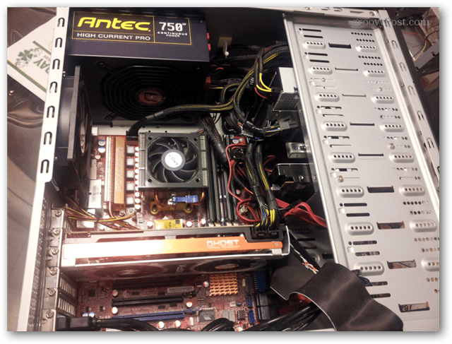 overall view, cables connected, drive installed, ready to boot
