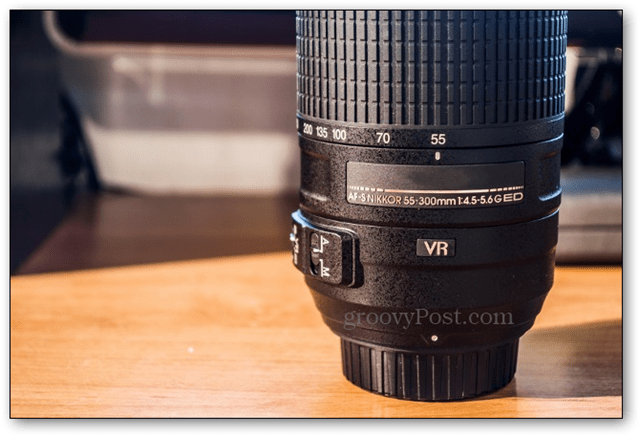 zoom lens example nikon nikkor canon lenses bokeh blurry background photography effect how to tutorial