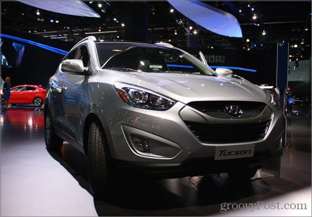 2014-Hyundai-Tucson-Fuel-Cell