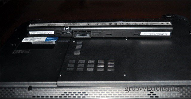 Store Laptop Battery
