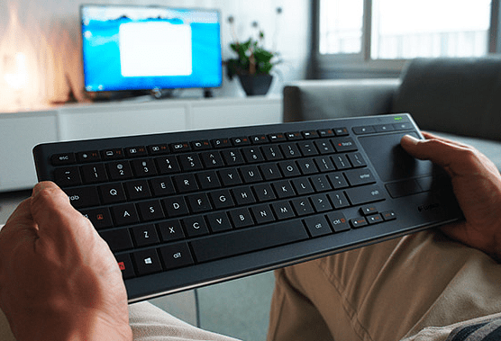 Logitech K800 Illuminated Keyboard