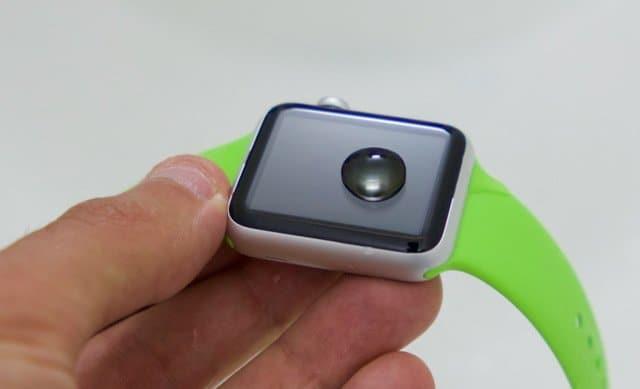 Le verre de l'Apple Watch est très hydrophobe
