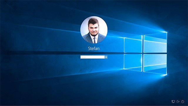 Login Screen Windows 10 Hero Image