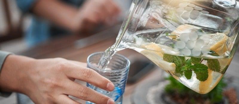 boire de l'eau fraîche et perdre du poids