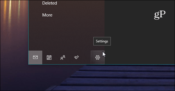 Settings Button Windows 10 Mail app