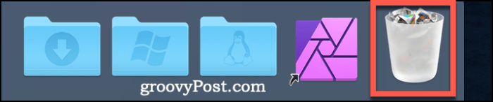 The Trash icon on the Dock on macOS